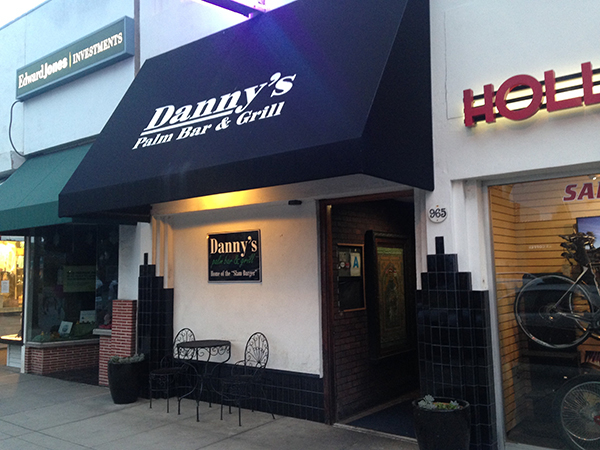 Danny's Palm Bar & Grill for Craft Beer and Burgers